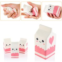 Vente en gros 2017 New Cute Jumbo Squishy Milk Box Cartoon Slow Rising Toys Phone Straps Pendant Sweet Cream Parfumé Bread Kids Fun Toy Gift