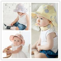 Wholesale Colorful Bucket Hats - Baby big dots print bucket hat infant colorful sunhats spring summer kids cute fish hat Beach visor Sun Hat fashion hat 3colors