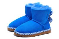 en iyi örme yün toptan satış-İyi ucuz Çocuk snowboots geri kelebek örgü ayak bileği snowboots hafif giyilebilir kauçuk taban 100% yün yastıklı kendi fabrika ürün en iyi fiyatlar