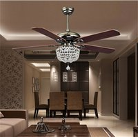 Antigüedades Luces De Techo Luces Baratos-Ventiladores de techo Luxury Crystal Light Lamp con control remoto 42-inch 220V 110V Modern Ceiling Fans Lights con Antique Wood Blade