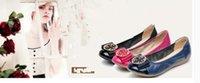 mães que trabalham venda por atacado-Primavera sapatos de couro liso feminino fundo macio mãe trabalhar luz boca rodada cabeça grandes estaleiros para sapatos femininos