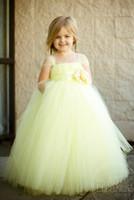 ingrosso tutus giallo per bambine-Vestito da ragazza giallo chiaro da principessa Flower Girl Ball Gown Flower Fairy Dress Tutu Gonne lunghe belle ragazze Abiti da spettacolo per il matrimonio