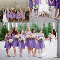 vestidos de dama de honor purpúreos claros cortos al por mayor-Lila Light Purple Lace Short Elegante Maid Of The Honor Vestidos de fiesta 2016 para jardín Cuello redondo Longitud de la rodilla Más el tamaño Vestido de dama