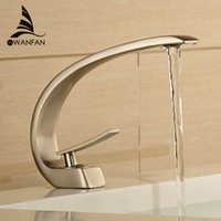 Venda Por Atacado E Varejo Banheiro Cromo / Preto / Brush Nickel Brass Faucet Single Handle Curve Vanity Vessel Sink Mixer Tap LH-16990