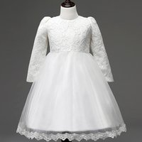 huge discount 37d95 f69b5 Kaufen Sie im Großhandel Baby Mädchen Weißes Seidenkleid ...