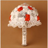 ingrosso bouquet da sposa rosso sposa-2016 Red Rose Wedding Bridal Bouquet a mano Fiori Peals Rhinestone di cristallo Rose Wedding Supplies Sposa Holding Spilla Bouquet