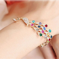 vergoldeten pfau armbänder großhandel-New Fashion Bunte Pfau Armband voller Diamanten Luxus Vergoldete Armreifen Charms Kristall Armbänder Korea Fashion Frauen Diamant Schmuck