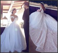 düğün dantel bling elbiseler uzun trenler toptan satış-2016 Balo Lüks Beyaz Kapalı Omuz Gelinlik Bling Seksi Uzun Tren Dantel Aplike V Boyun