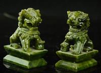 ingrosso cane di giada-Rare A pair 100% China natural jade statue intagliate a mano fo dog lion