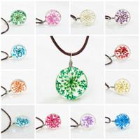 pendentif boule de fleurs achat en gros de-Chokers Colliers pour les femmes Mode de fête pendentif en cuir boule de verre en cristal Colliers fleurs séchées pendentif collier