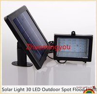 Wasserdicht Ultra Bright Solar Light 30 LED Outdoor Spot-Flut-Licht-Solarbetriebene Scheinwerfer-Lampe Panel für Park Garden Billboard