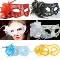 mascarada de encaje negro mascarada pluma al por mayor-Barato sexy negro blanco rojo mujeres emplumado veneciano mascarada máscaras para un enmascarado de encaje de flores máscaras 5 colores MJ009