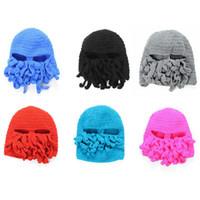 ahtapot maske yünü toptan satış-Yenilik El Yapımı Örgü Yün Komik Sakal Ahtapot Şapka Kapaklar Tığ Şövalye Kasketleri Kayak Yüz Maskesi Örgü Şapka Cadılar Bayramı Hediye