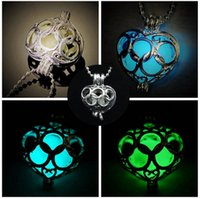 Wholesale Glow Crosses - Jewelry Cheap Glow In The Dark Necklaces Unisex Cross Silver Color Jewelry Alloy Material Chains Fashion Shipping Free Hot Selling