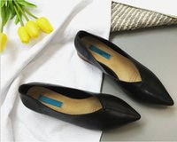 Wholesale Kitten Heel Dress Shoes - Free shipment 2017 Leather shoes Best Selling White shoes New designs with multi-colors