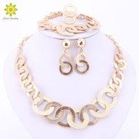 Wholesale Dubai Jewelry Necklace - Fashion Charm Gold Plated Jewelry Set Dubai Women Necklace Earring Bracelet Ring Set