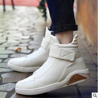 Zapatos Superiores Masculinos De Los Holgazanes Baratos-Moda High Top Men Flat Casual Shoes Mocasines PU cuero Rojo Blanco Negro Color High-Top Hip Hop Shoes Sneakers Male Zapatos High-top shoes