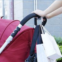 Wholesale- Trendy Baby Pushchair Stroller Clip Hook Buggy Pram Carabiner Gant de sac à couches