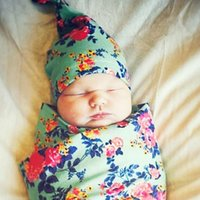 ücretsiz battaniye desenleri toptan satış-INS Yenidoğan Kundak Battaniye Düğüm Kapaklar Kafa Bandı ile 2 Adet Set Bebek Çiçek Desen waddle set Pamuk gri yeşil beyaz elbiseler 23 renk ücretsiz seçin