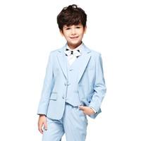 trajes de bebé azul bodas al por mayor-Ropa formal de los niños para el banquete de boda 2018 Niño traje de tres piezas (chaqueta + pantalones + chaleco) Nueva llegada