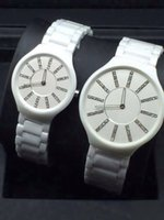 las nuevas mujeres de los hombres blancos adelgazan los relojes de cermica negros de los relojes de la alta calidad de la manera del reloj de la