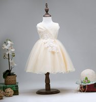 niños vestidos de dama de honor al por mayor-Vestido de princesa para niños vestidos formales para niñas fiestas faldas de fiesta tutu vestido de dama de honor de boda con flores de encaje C-3