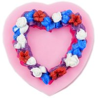 kalp şekli reçinesi toptan satış-Kalp Şekilli Aşk Çelenk silikon Fondan, Reçine Kil Çikolata Şeker Silikon Kek Kalıbı, Fondan Kek Dekorasyon Araçları wholesaleTY1896