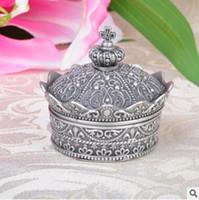 taç şeklindeki kutular toptan satış-Düğün Doğum Günü Partisi Takı Çantası Taç Şekli Metal Prenses Yaratıcı Takı Kutuları Avrupa Tarzı Retro Rhinestone