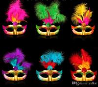 trajes de disfraces venecianos al por mayor-Máscara veneciana pintada con plumas fiesta de disfraces fiesta de disfraces de disfraces de buena calidad a estrenar ventas calientes