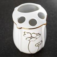 ingrosso regalo della tazza della porcellana-Nuovo design Bone China Set da bagno Kit da bagno in ceramica Kit tazze spazzolino Kit regali di nozze Portaspazzolino portasapone