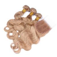 bakire brezilya saçlı bal sarışın toptan satış-7A Vücut Dalga Sarışın Kapatma Ile Brezilyalı Bakire Saç 3 Demetleri Bal Sarışın Saç Örgü 1 adet 4X4 Dantel Kapatma Ile Vücut Dalga # 27
