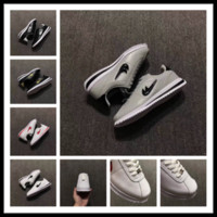 Wholesale Young Girls Shoes - Epacket cheap unisex cortez running shoes for girls and boys sneakers love appointment white grey sport shoes men sneaker young EU 36-44