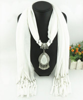 Wholesale pendant scarfs - Newest Cheap Fashion Lady Scarf Direct Factory Rhinestones Drop Dangle Pendant Scarf Necklace Winter Scarf Women Neckerchief