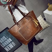 Wholesale leather handbag large - 2017 Large Capacity Women Bags Shoulder Tote Bags bolsos New Women Messenger Bags With Tassel Famous Designers Leather Handbags