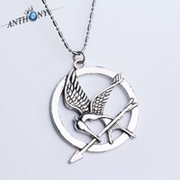Wholesale Red Bird Games - Europe and the United States popular jewelry Hunger Games to laugh at the bird Necklace