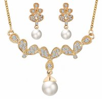 Wholesale Wholesale Jewerly Wedding - Gold Pearl Crystal Earrings Rhinestone Pendant Necklace Bridal Wedding Engagemet Jewerly Sets Wing Butterfly Costume Jewerly For Women