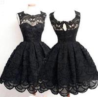 siyah kısa kabarık elbiseler toptan satış-2016 Yeni Kabarık Balo Küçük Siyah Kokteyl Elbiseleri Bateau Tam dantel Kolsuz Kısa Mini Balo Parti Elbise Ucuz Homecoming Elbise BA3583