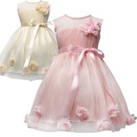 vestidos de color rosa champaña al por mayor-envío libre Pretty Baby 2 colores niñas vestido de novia sin mangas pinkchampagne 3D vestidos de accesorios de la flor de la princesa de DHL