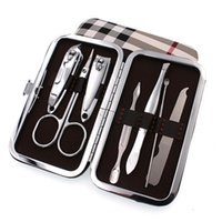 kit de selección de oreja al por mayor-7 unids / set Nail Clipper Kit Nail Care Pedicure cortador de uñas Tijera / Pinzas / Cuchillo / Ear Pick Utility Manicure Set herramientas