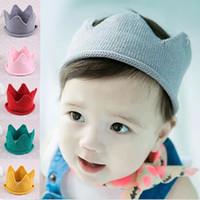 gorros de crochet infantil al por mayor-5 colores Baby Knit Crown Tiara Kids Infant Crochet Headband sombrero fiesta de cumpleaños apoyos de la fotografía Beanie Bonnet envío gratis SEN256