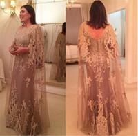 novias vestidos de mariposa al por mayor-Vestido de fiesta largo de encaje con cuello alto de Champagne madre de la novia