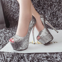Barato Stilettos De Casamento De Prata-Bridal Silver Black Wedding High Heels Sapatos Sequined Stiletto Peep Toe Prom Dress Sapatos finos Moda Acessórios nupciais