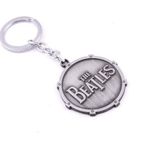 Wholesale British Keychain - British Rock Band The Beatles Keychain Ancient Silver Bronze alloy Shield Round Pendant Key Chain For Man  Boys gifts