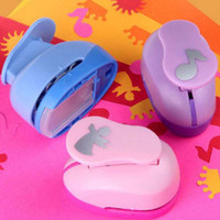 Wholesale craft punches wholesale - 2pcs Handmade Crafts Scrapbooking Tool Paper Punch For DIY Gift Card Punches Embossing Device School Office Supplies Papelaria