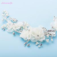 fildişi inciler düğün takıları toptan satış-Beijia Zarif Fildişi Flora Gelin Saç Vine Klip Gümüş Düğün Saç Aksesuarları Takı İnciler Kadınlar Başlığı