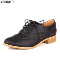 Atacado- MESUOTO Spring Air Casual Round Toe Lace Up Vintage Brogue Cut-out Ankle Lady Shoes Womens Oxfords Flats
