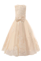 dantel çiçek kız elbiseleri toptan satış-Stokta Champange Çiçek Kız Elbise Jewel Boyun Aplikler Boncuklu Dantel Kat-uzunluk A-line Küçük Çocuklar Elbiseler