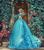 schöne blaue blumen großhandel-Schöne blaue Brautkleider 3D Floral Flowers Off Shoulder 2017 Blau Maskerade Ballkleid Quinceanera Kleider für Frauen