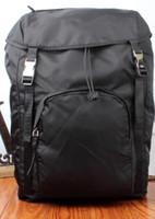 sırt çantası poşetleri gerçek deri toptan satış-2019 Yeni Stil Sırt Çantası Moda Erkek Sırt Naylon Marka Spor Sırt Çantası Ücretsiz Kargo En Kalite Ucuz Çanta V135 Sırt Çantası gerçek deri
