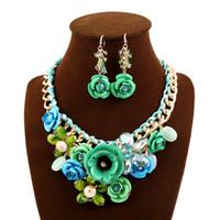 perla de concha europea al por mayor-Conjunto de joyas Conjunto de joyas de rosa Moda europea de lujo para mujeres Perlas africanas de noche Conjunto de joyas Colgante de cristal Pendiente de flor Collar